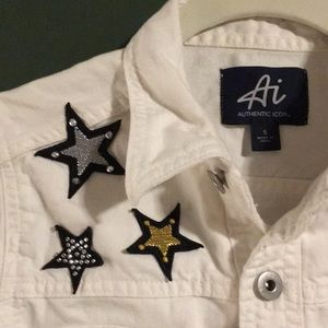 Authentic Icon Jackets & Coats - White jean jacket with star appliqué